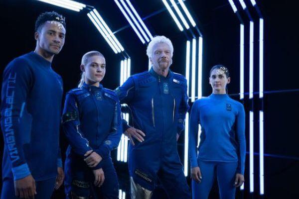 民間の宇宙旅行を目指す「Virgin Galactic」が、スタートレック風のスーツを初公開
