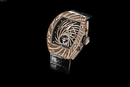 日本人男性がパリで、犯罪史に稀な高額腕時計(約9千万円)を盗まれる