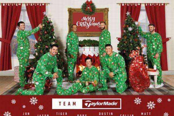 クリスマスカードでT・ウッズがパジャマ姿?画像加工を疑われるも、実は本人だった!