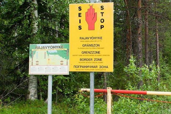勝手に国境を動かした?ロシアでニセの標識を建てた男を逮捕