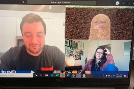 ネット会議中に上司の顔が「ポテト」に変身、部下が投稿したツイートが話題に