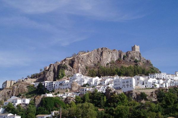 新型コロナが猛威を振るうスペインに、感染者「ゼロ」の奇跡の要塞都市があった!