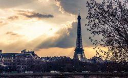 【新型コロナ】フランスで1日の死者が833人に到達、過去最も多い犠牲者