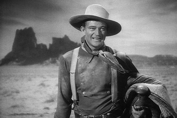 西部劇のスター「ジョン・ウェイン」の名前を、空港から消すよう求める動き