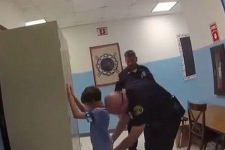 米の警察が教員に暴力を奮った8歳の少年を逮捕、映像が公開され非難が殺到