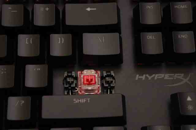HyperX Red switch with Cherry-style stabilizers