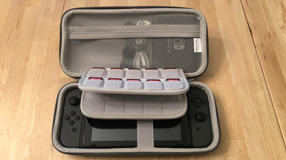 Inateck Carrying Case for Nintendo Switch.
