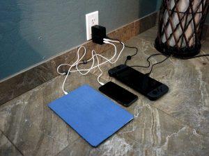 Inateck 45W 3-Port USB-C in Kauai Airbnb