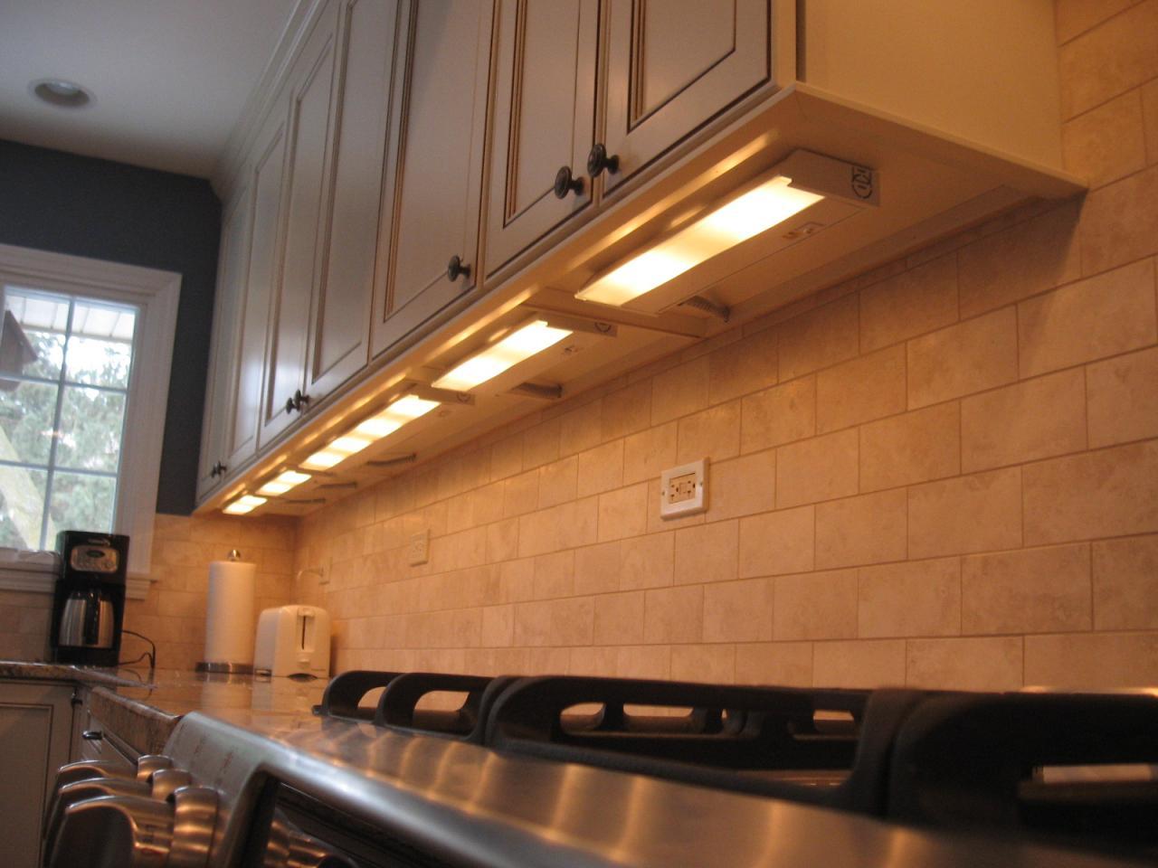 Tip Under Cabinet Lighting