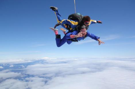 Ed Skydiving
