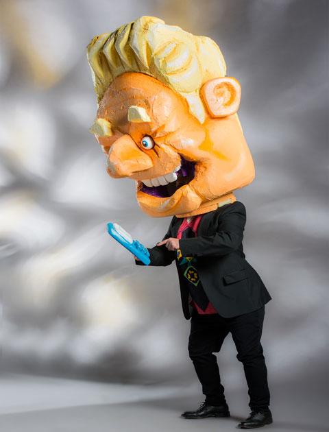 politician-STRUTT-full-costume-480px