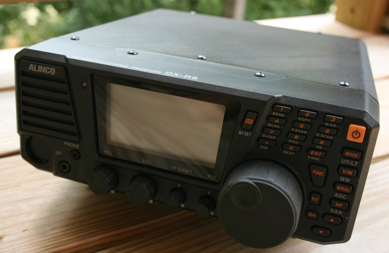 Review of the Alinco DX-R8T tabletop shortwave receiver