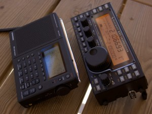 Grundig G3 (left), Elecraft KX3 (right)