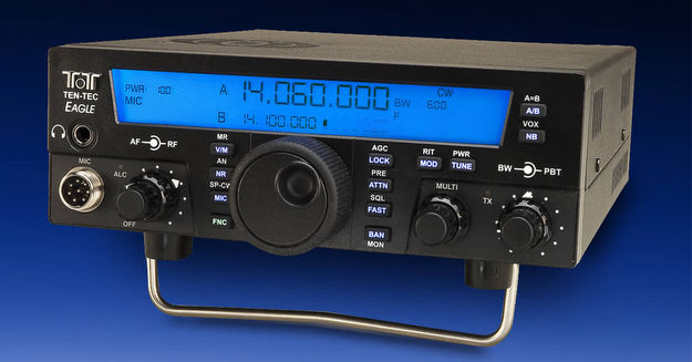 The Ten-Tec Eagle HF transceiver.