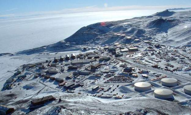 McMurdo Station, Antarctica. (Source: USAP.gov)