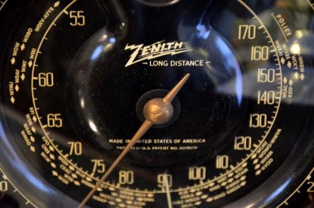 Zenith-Shuttle-Dial
