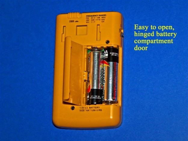 Sangean-DT400W-Batteries