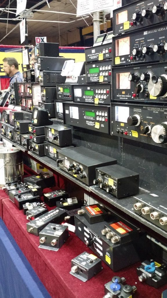 Hamvention-Inside-Exhibits - 49