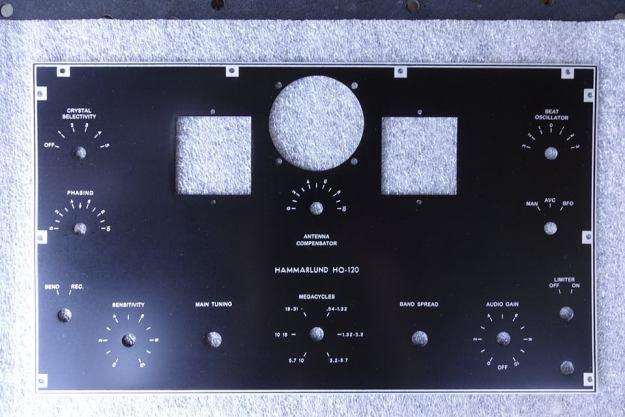 Hammarlund-HQ120X-Faceplate