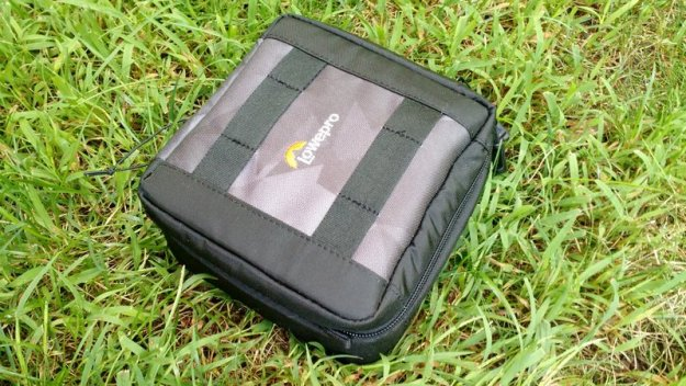 LowePro-CS-60-Open