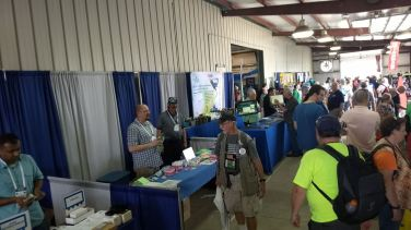 2017 Hamvention Inside Exhibits - 1 of 132 (121)