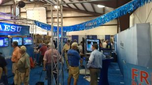 2017 Hamvention Inside Exhibits - 1 of 132 (124)