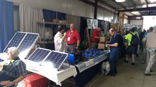 2017 Hamvention Inside Exhibits - 1 of 132 (90)