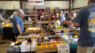 2017 Hamvention Inside Exhibits - 1 of 132 (92)