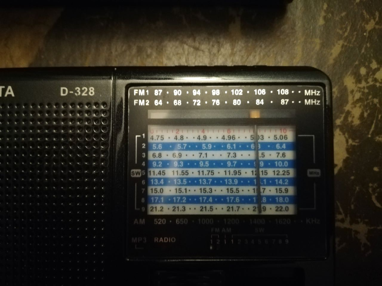 Xhdata The Swling Post Analog Integrated Circuits Batteries Not Needed Mitre I Dont Normally Use Radios So Tuning D 328 Was A Bit Of Challenge Cramped Display Provided Little Feedback And Crooked Bar
