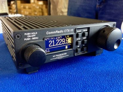 The CommRadio CTX-10 QRP transceiver.