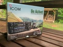 Icom IC-705 Transceiver Unboxing - 4