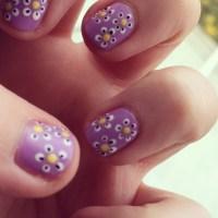 Nail Art: Fancy Daisy nails