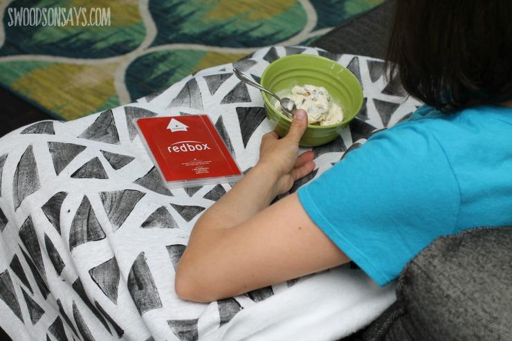 relaxing DIY, NO SEW Blanket