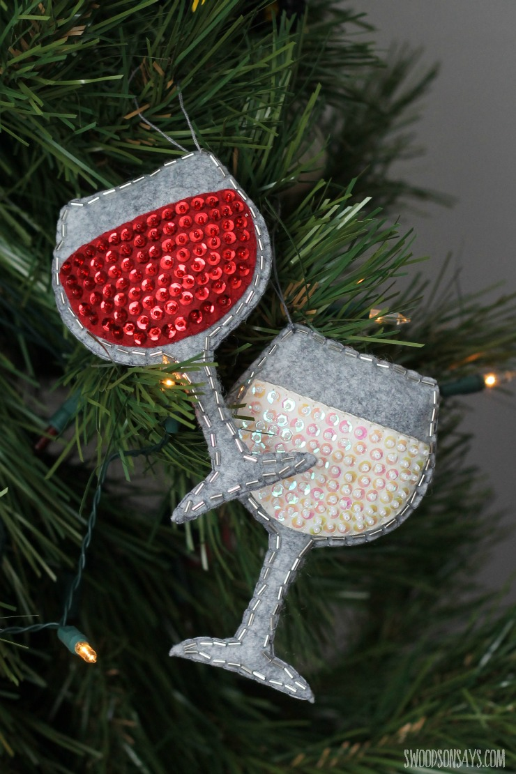 sequined-ornament-wine-glass-tutorial-1