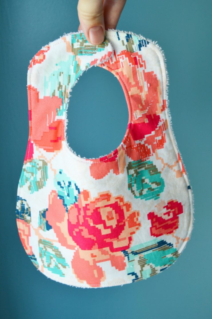 50 most popular free pdf patterns in 2017 swoodson says free baby bib sewing pattern from mary martha mama download through the link in the post jeuxipadfo Gallery