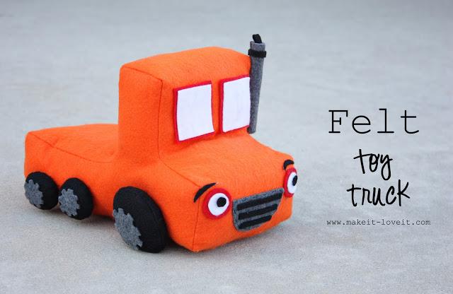 FElt toy truck free sewing pattern