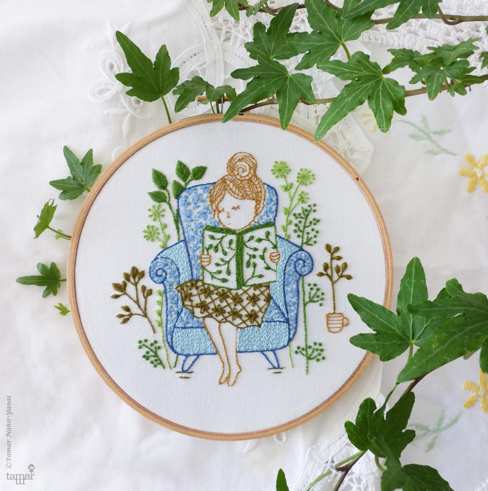 book lover embroidery pattern