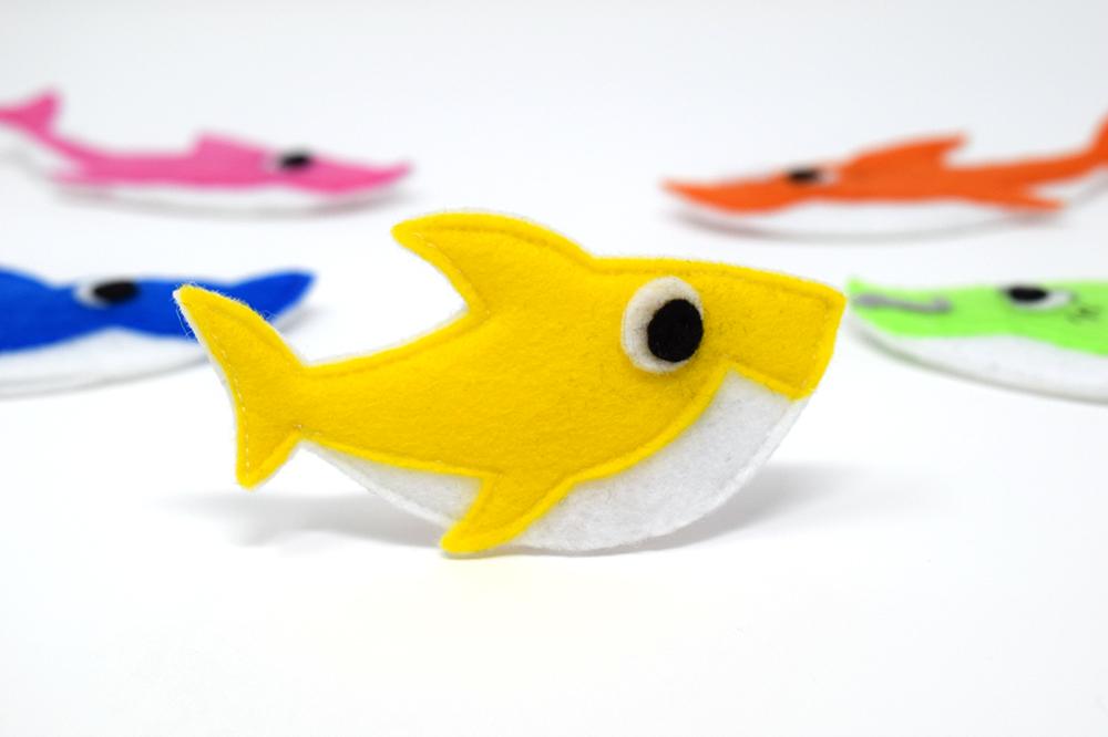 shark felt finger puppet pattern