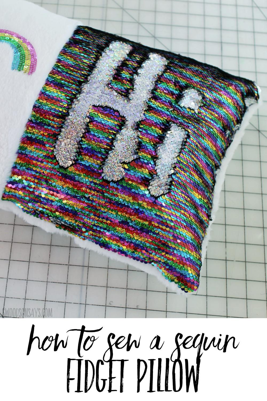 reversible rainbow sequin pillow diy(1)