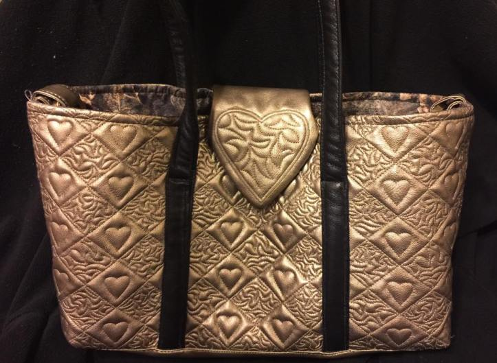 3003 Kathleen Kappenhagen-Klapatch 3 quilted diamonds tote bag autumn