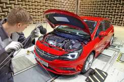 Opel-Astra-Acoustic-Lab-6
