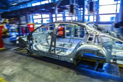 production-start-for-opel-flagship-the-new-insignia_3