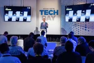 Welcome to Rüsselsheim: Opel CEO Michael Lohscheller greets the expert audience at the Rüsselsheim Tech Day.