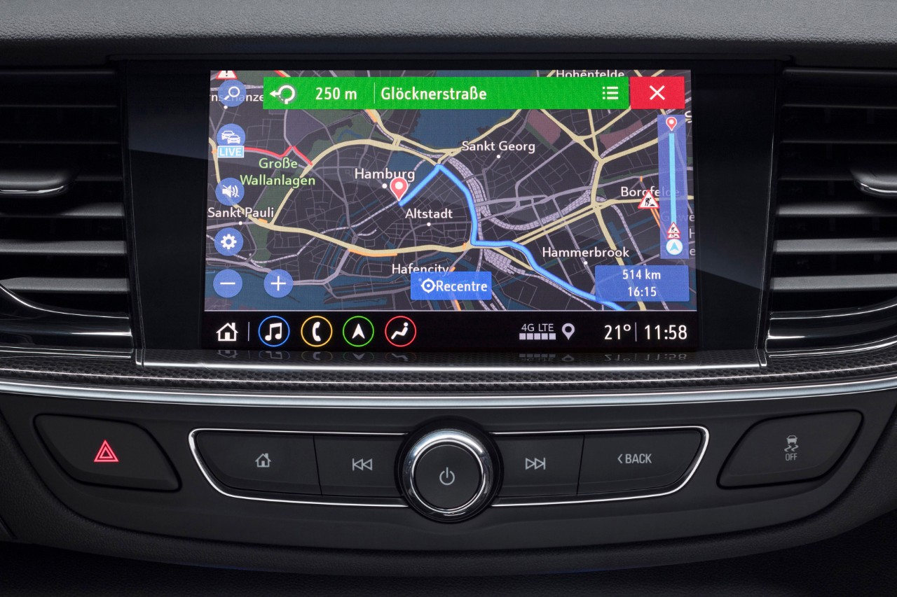 Top-of-the-line: The Multimedia Navi Pro in the Opel Insignia represents a new generation of on-board navigation systems for the future.