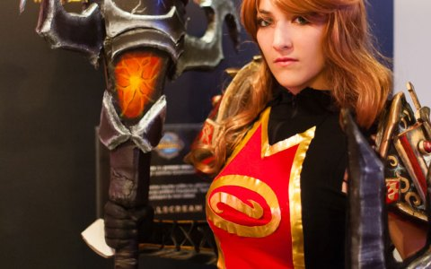 Ko'Gun Hammer of the Firelord from World of Warcraft by SxyBlood Cosplay