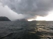 Abfahrt Trinidad - Gewitter