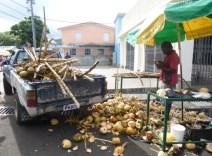 Saturday-Markt Kokosnussverkäufer