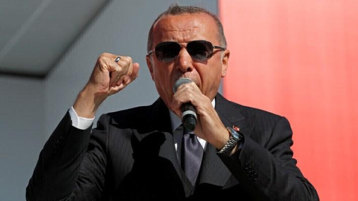 لأول مرة منذ الحرب تملك تركيا فرصة للعودة إلى موقع مركزي في العالم - تصريحات نارية... أردوغان يوجه صفعة للرئيس الفرنسي إيمانويل ماكرون