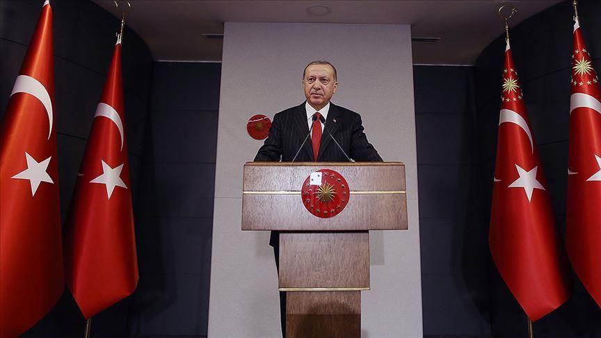 """أردوغان يهنئ أطفال تركيا والعالم بعيد """"الطفولة والسيادة الوطنية"""""""