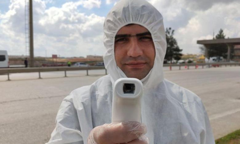أطباء سوريون يتطوعون لفحص فيروس كورونا في غازي عنتاب